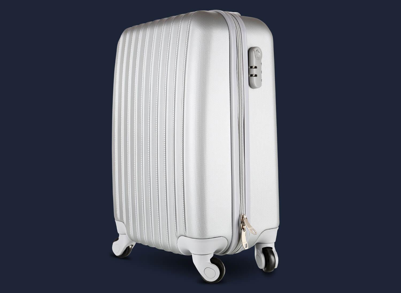 Freistellen Koffer silber Produktfoto Schatten