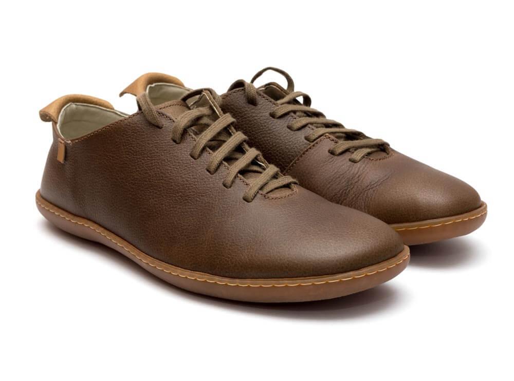 Schuhe Leder Herren Freistellen braun