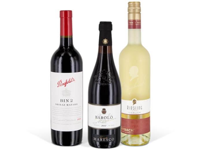 Freistellen Lebensmittel Getränke Rotwein Riesling Weinflaschen