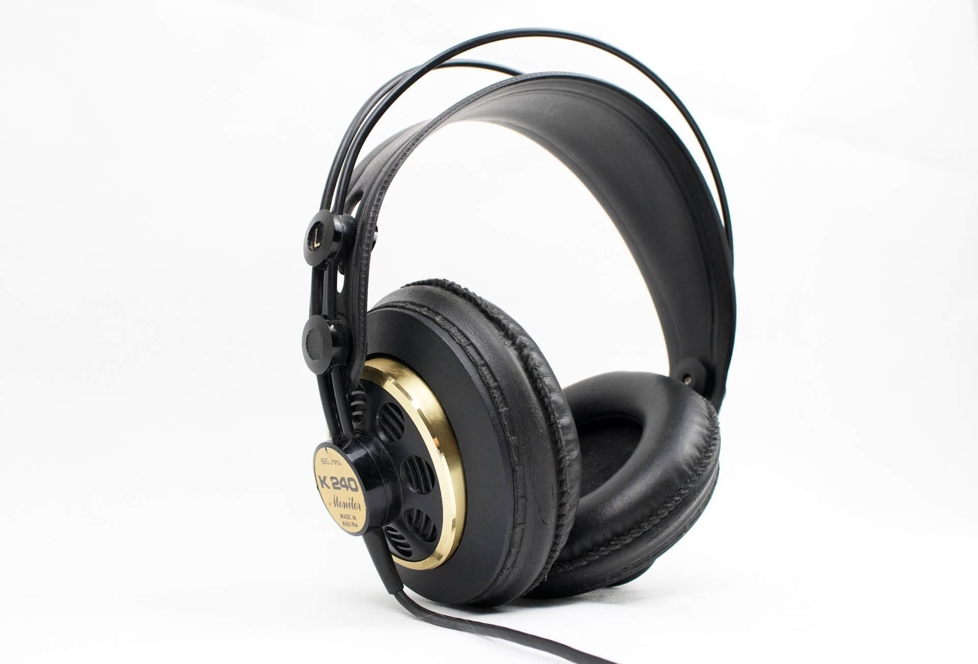 Kopfhörer freigestellt